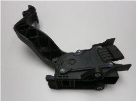 Педал газ с потенциометър Citroen Jumper; Fiat Ducato; Peugeot Boxer 2.2D/2.3D/3.0D продава Ем Комплект Дружба 0884333265